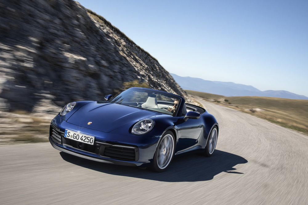 The All New Porsche 911 Cabriolet Is Finally Here And It Looks Hotter Than Before ! 2