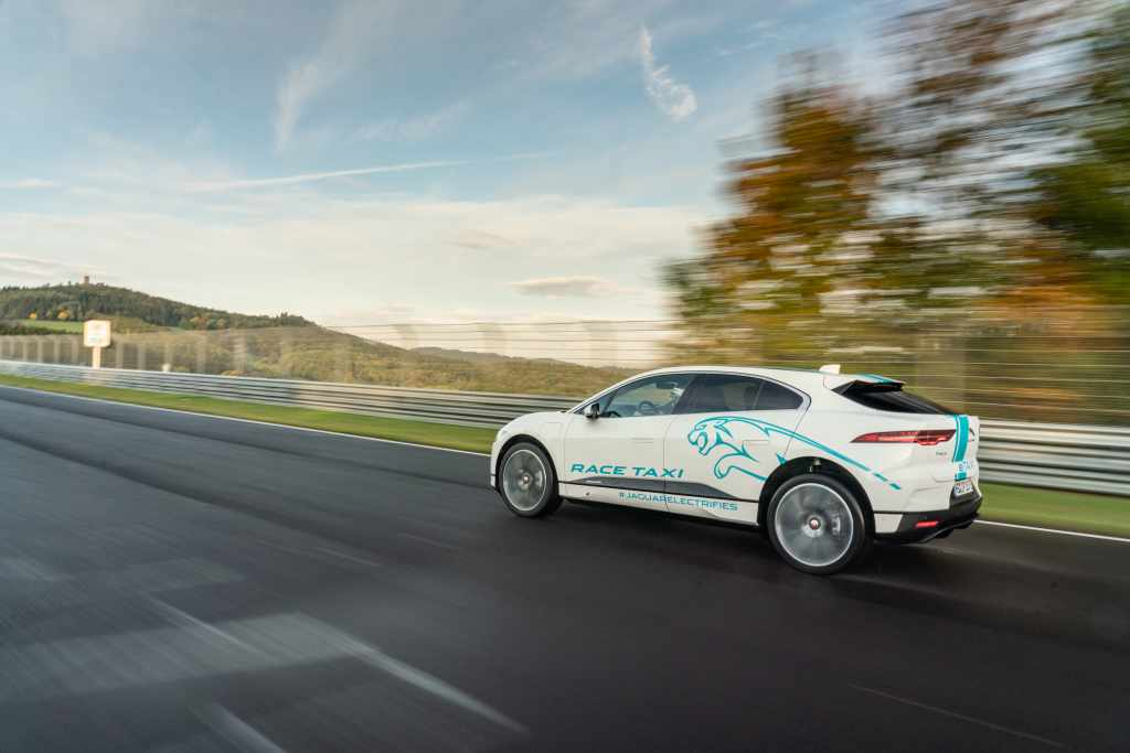 jaguar i-pace jaguar electric suv jaguar suv electric mobility